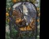 Blattkachel mit dem Kurfürsten zu Köln zu Pferde vom Kachelofen mit Kurfürsten zu Pferd von Schloss Wildshut mehrfarbig glasiert, Ende 17. Jh., Linz, Oberösterreichisches Landesmuseum, urspr. Schloss Wildhut a. d. Salzach