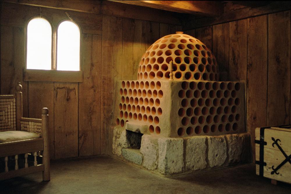 hinterm ofen ist mir wohl zum einsatz von keramik im. Black Bedroom Furniture Sets. Home Design Ideas