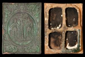 Fragment einer Blattkachel mit dem Sündenfall in hochovalem Medaillon, grün glasiert, 17. Jh., H. 32,2 cm, Br. 24,8 cm, Düsseldorf, Hetjens-Museum