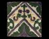 Fragment einer Blattkachel mit Tapetendekor mit Akanthusrosetten und rechtwinkligem, rankenbesetztem Band, mehrfarbig glasiert, um 1900, H. 19,0 cm, Br. 18,0 cm, Landshut, Staatliche Fachschule für Keramik